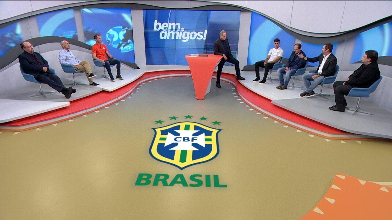 Comentaristas criticam Tite e a Seleção