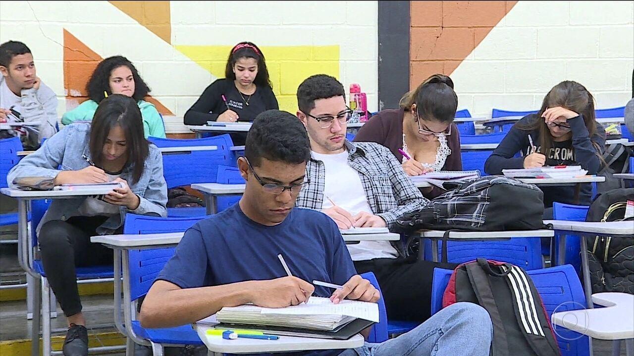 Começa o prazo para estudantes pedirem isenção da taxa de inscrição do Enem