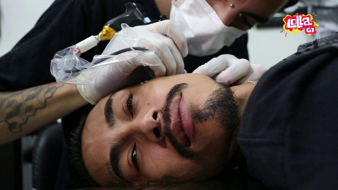 Cantor Todo Tatuado Brasileiro o rosto é o novo terreno da tatuagem?