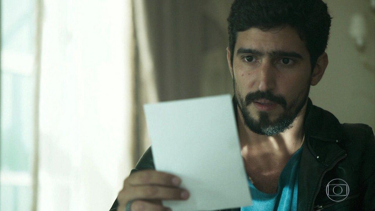 Jamil descobre que Laila é a mulher por quem se apaixonou