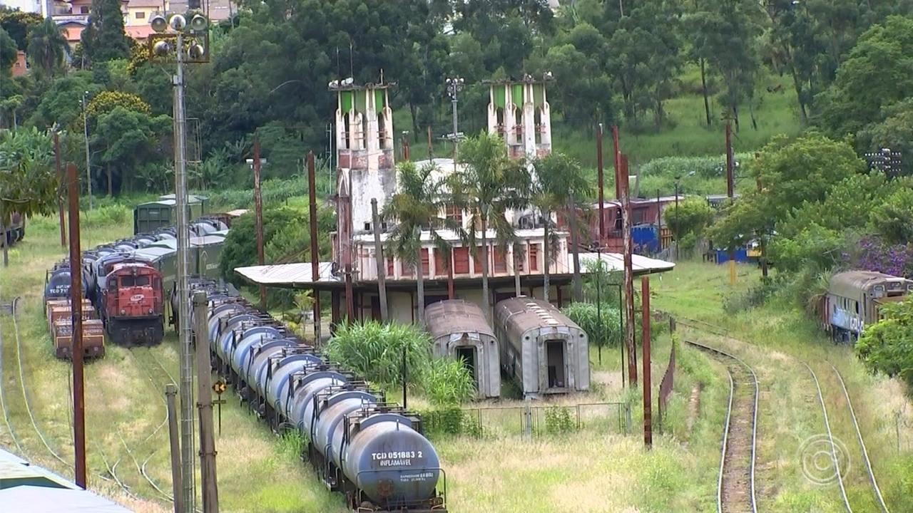 Moradores lutam para preservar história da estação de trem de Mairinque