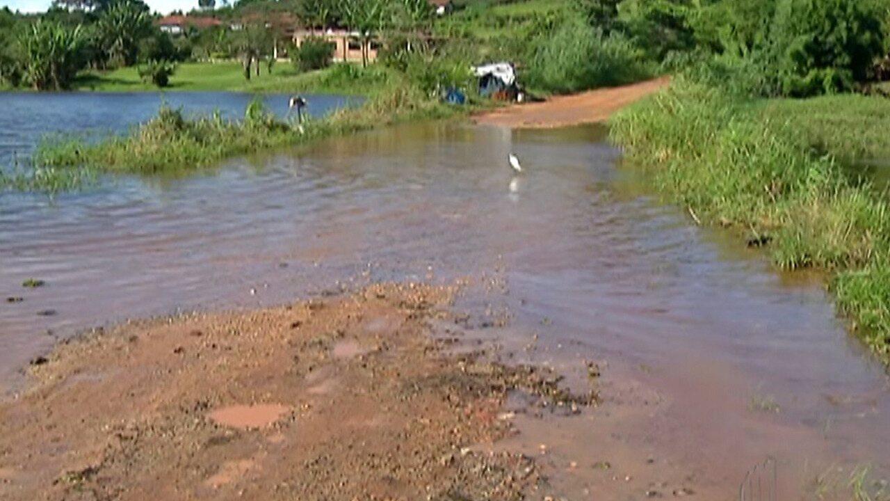 Represas do Sistema Alto Tietê continuam vertendo água