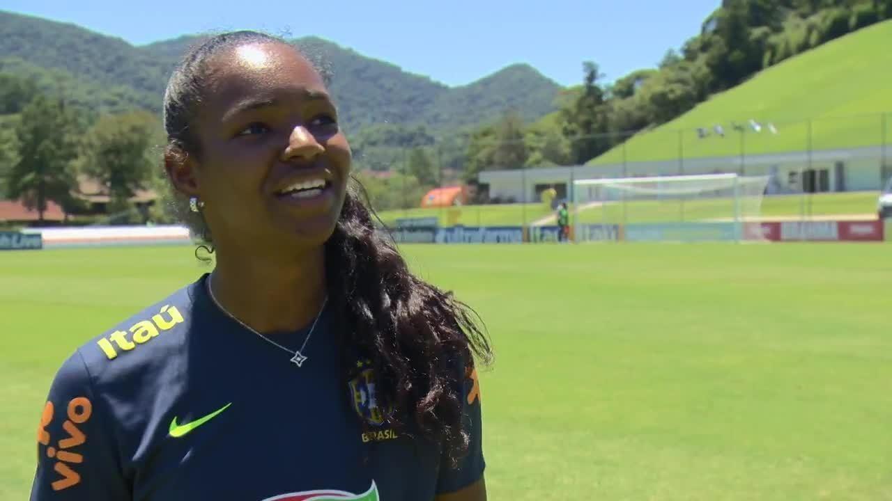 07c95c7470a5f Confira a trajetória de Daiane até chegar ã Seleção Brasileira de futebol  feminino