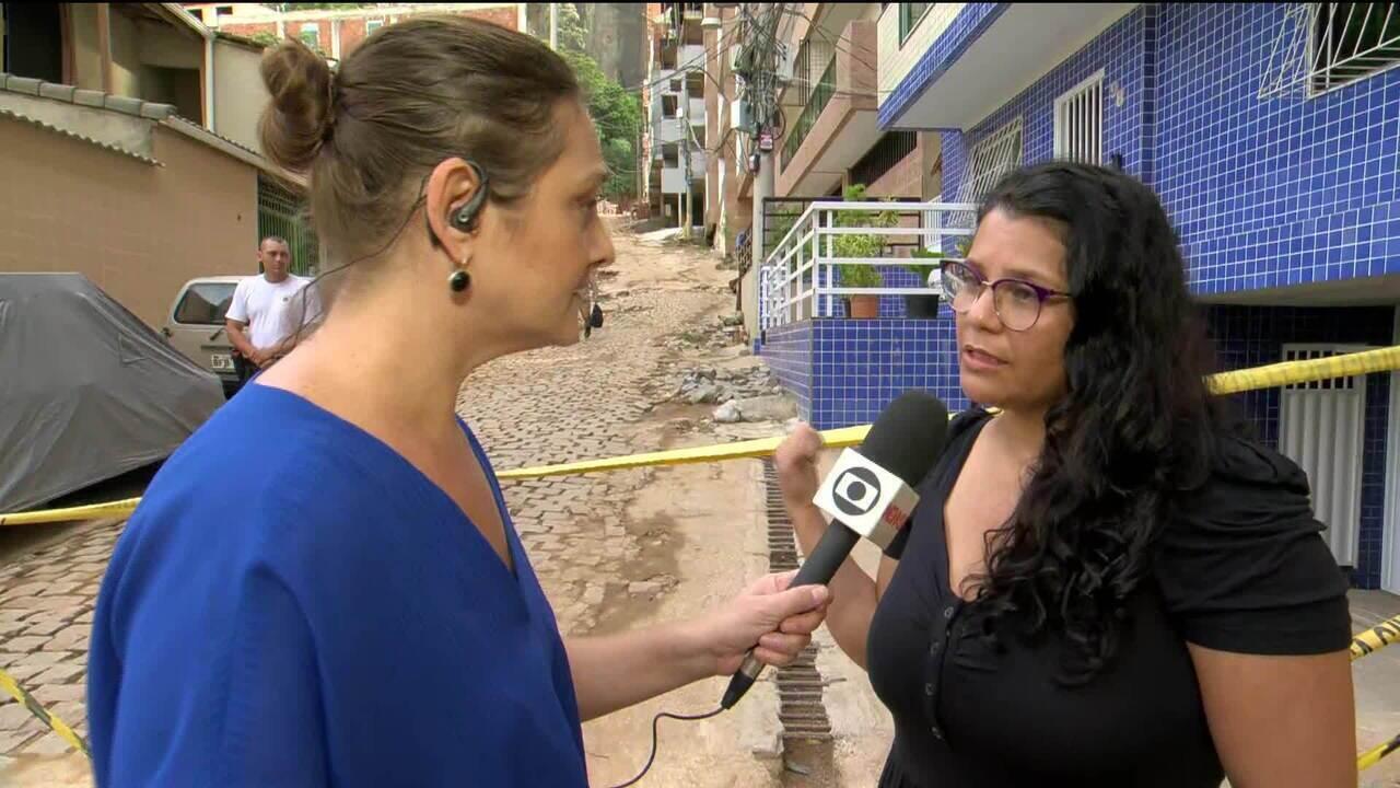 Parentes de pessoas desaparecidas no desabamento de prédios na Muzema, aguardam notícias