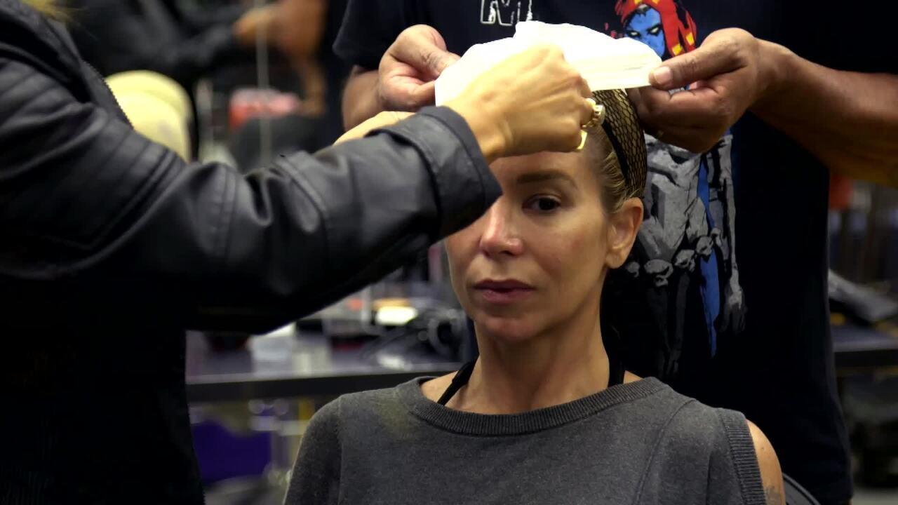Veja como foi a preparação de Danielle Winits para homenagear Annie Lennox