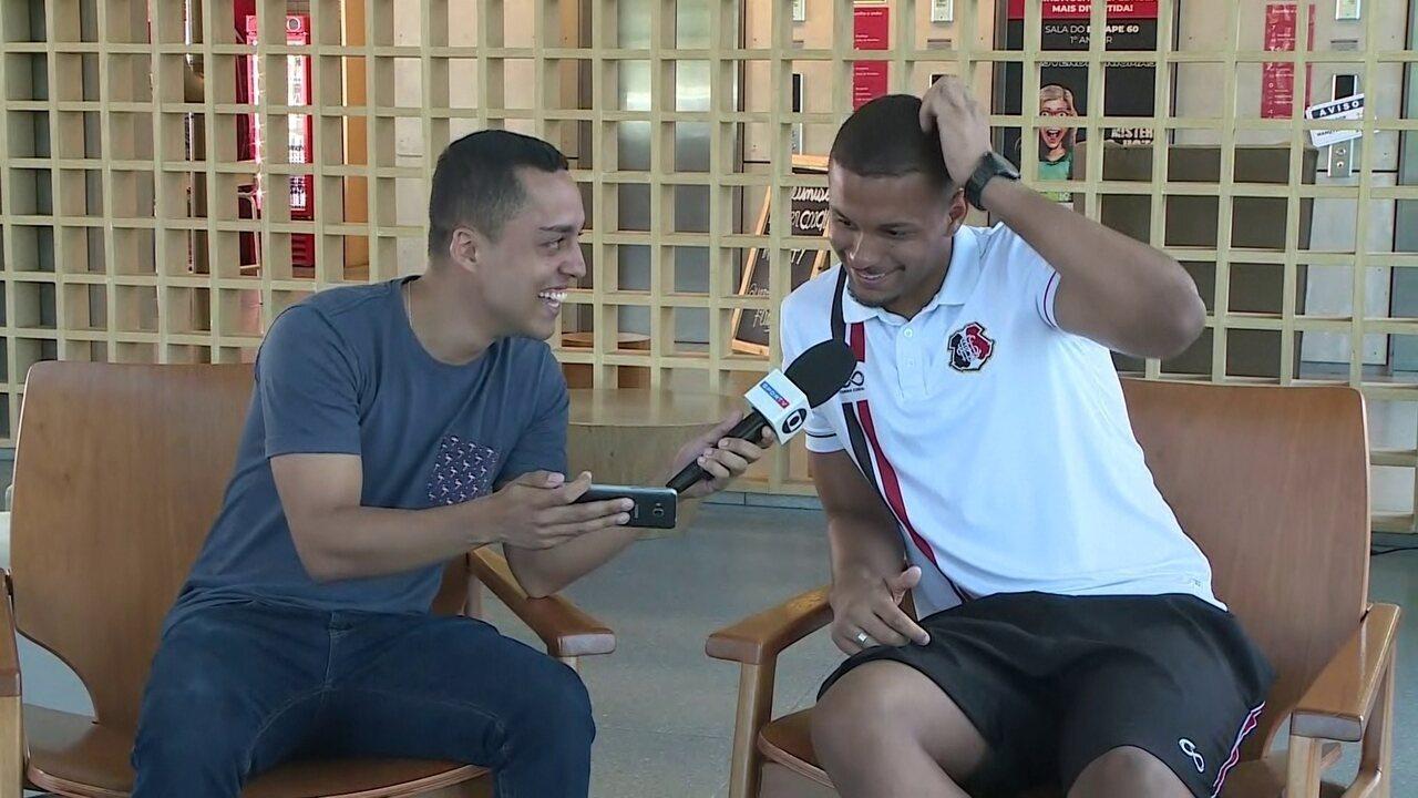 Goleiro Anderson reage a mensagens de torcedores do Santa Cruz