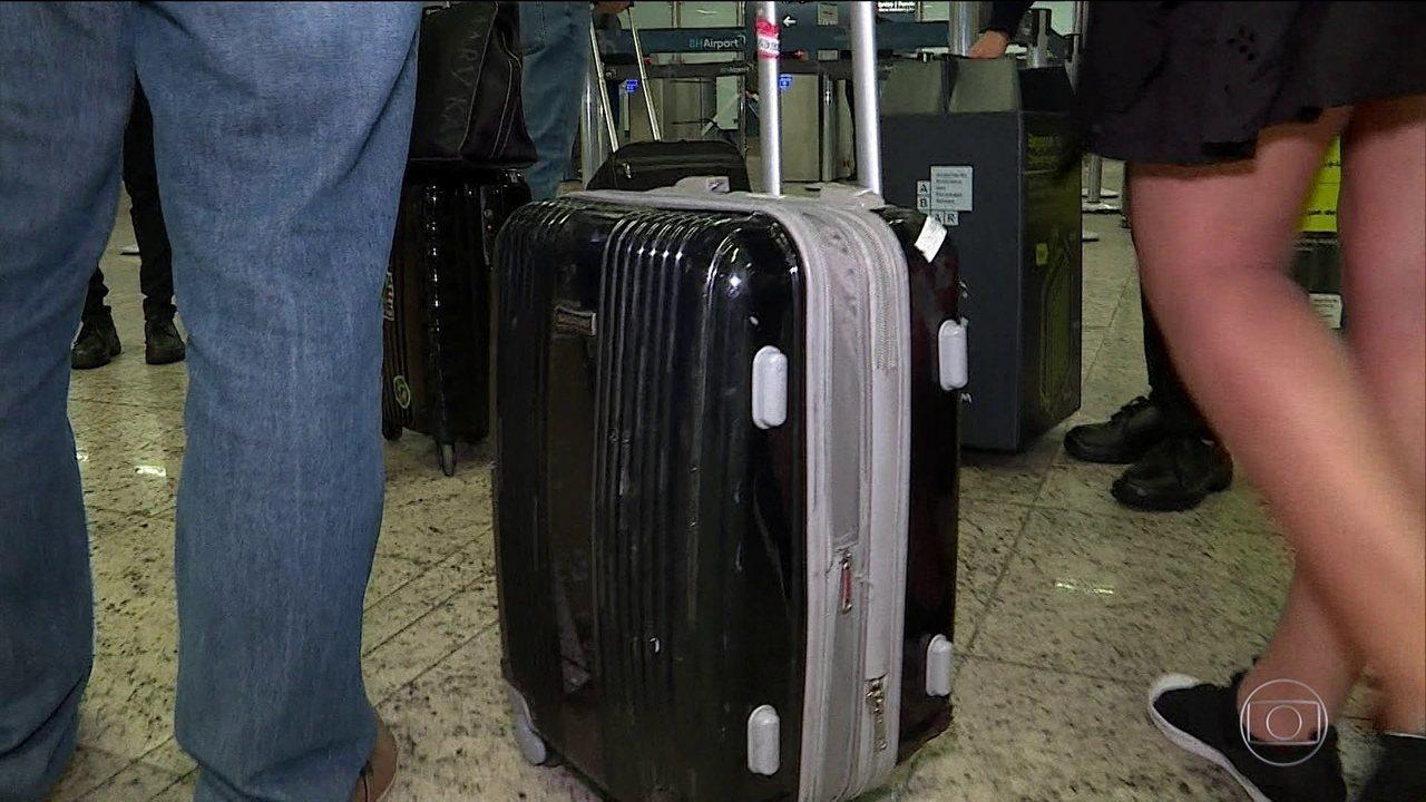 Companhias aéreas ficam mais rigorosas na fiscalização de bagagem de mão