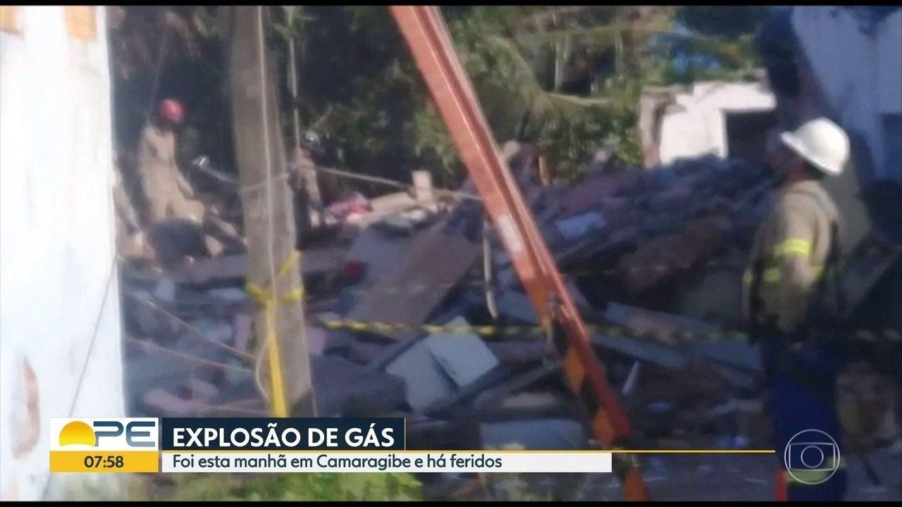 Explosão deixa mortos e feridos em Camaragibe, no Grande Recife