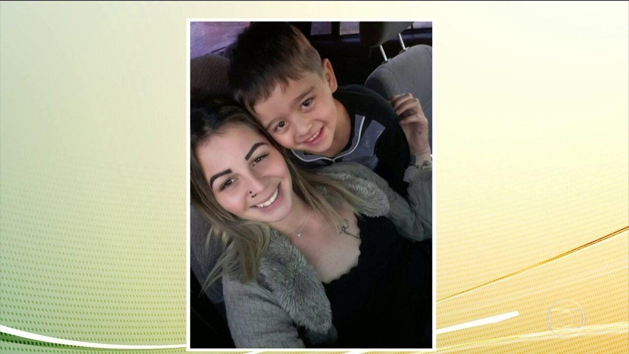 Grávida de sete meses e o filho de 5 anos morrem afogados em represa