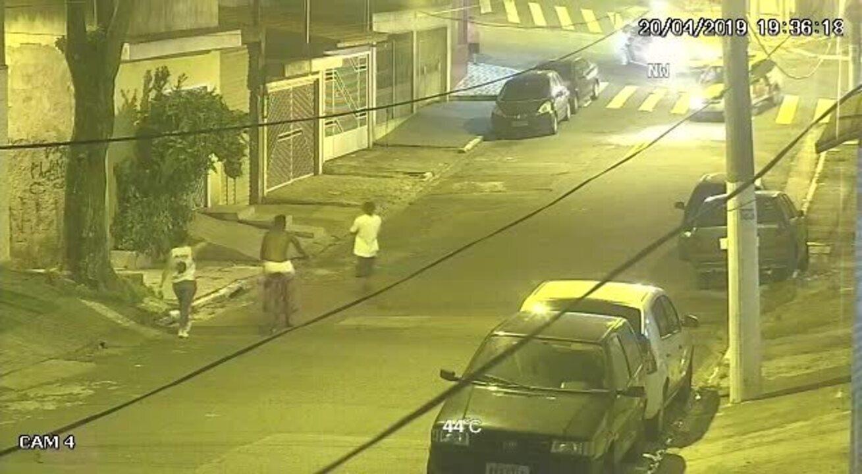 Veja começo de perseguição policial que terminou com morte de criança na Zona Leste de SP