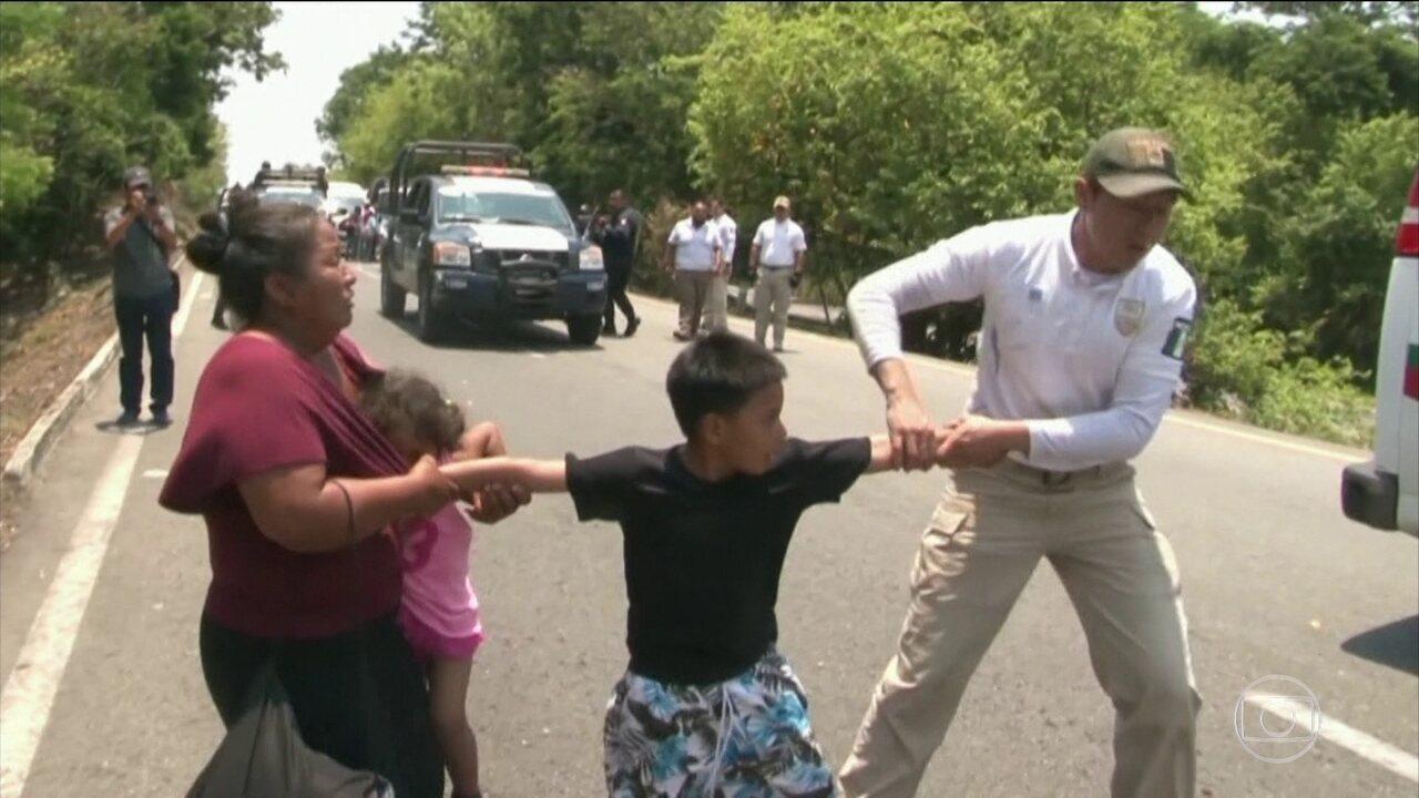 Centenas de imigrantes ilegais são detidos pela polícia mexicana