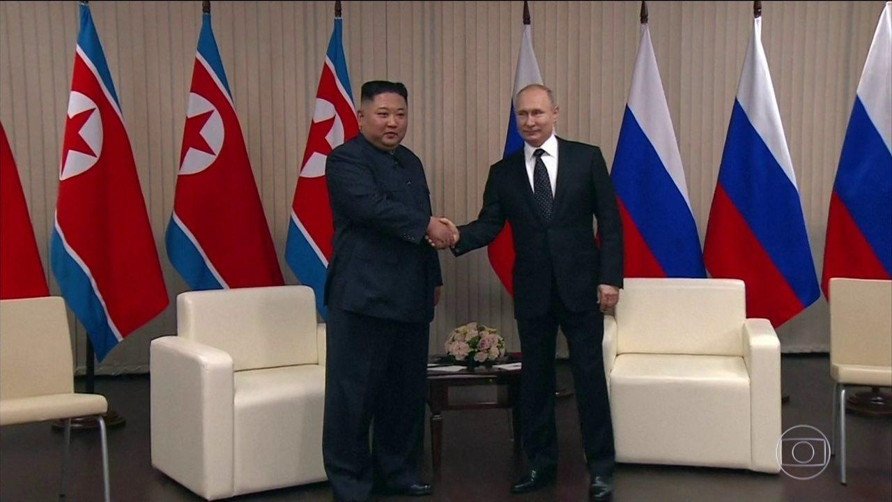 Em primeiro encontro, Kim Jong-Un pede ajuda a Putin para resolver questão nuclear