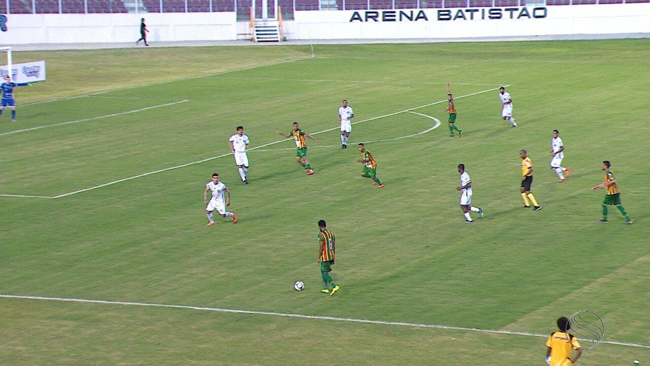 Confiança perde para o Sampaio Corrêa, na Arena Batistão, pela Série C