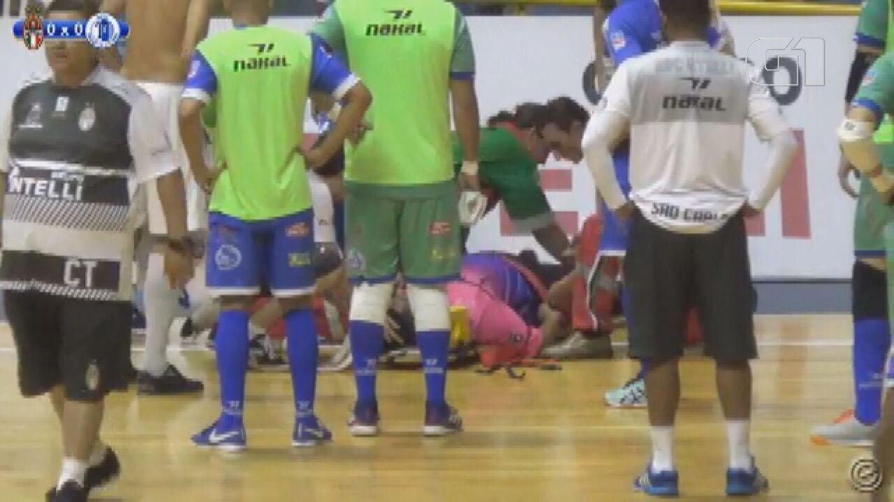 Árbitro morre após passar mal em partida de futsal em São Carlos