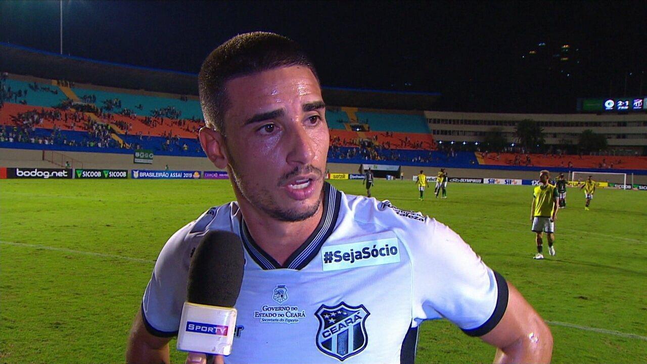 Resultado de imagem para O meia Thiago Galhardo estreou pelo Ceará