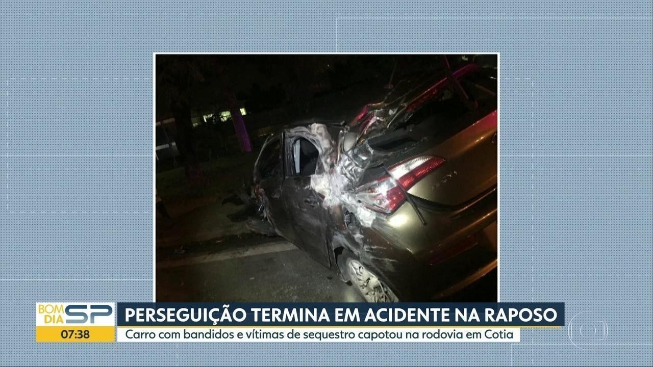 Perseguição terminou em acidente na Rodovia Raposo Tavares