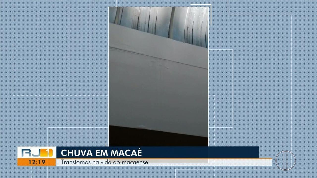 Água da chuva escorreu pelas paredes do Hospital Público de Macaé