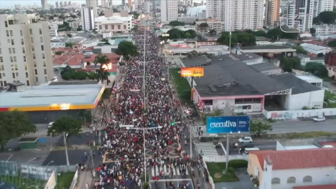 Vídeo mostra protesto em Natal contra cortes na educação