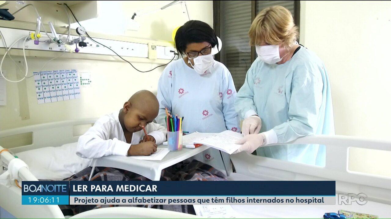 Projeto ajuda a alfabetizar pessoas que têm filhos internados no hospital de Curitiba
