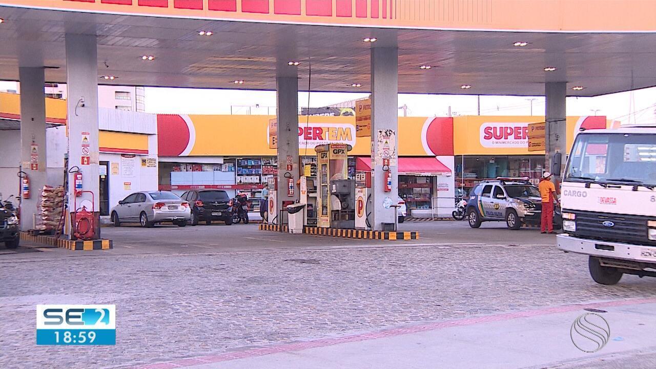 Homens encapuzados assaltam R$ 170 mil de cliente em posto de combustível em Aracaju