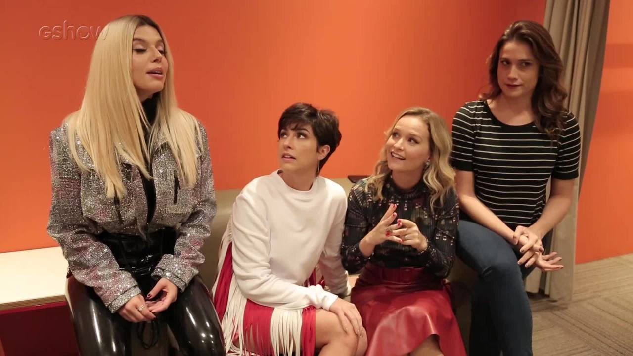 Giovanna Lancellotti e Fernanda Gentil contam historias que tiveram com Sandy e Junior