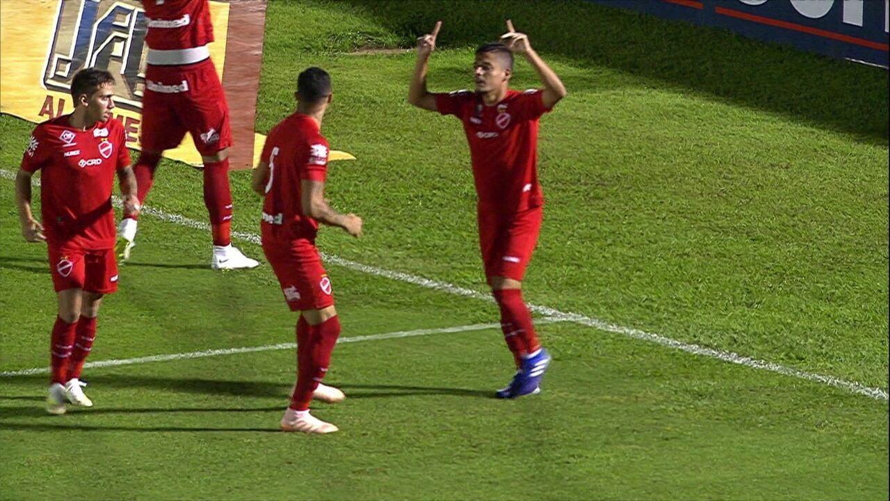 O gol de Botafogo-SP 0 x 1 Vila Nova pela 4ª rodada do Brasileiro Série B
