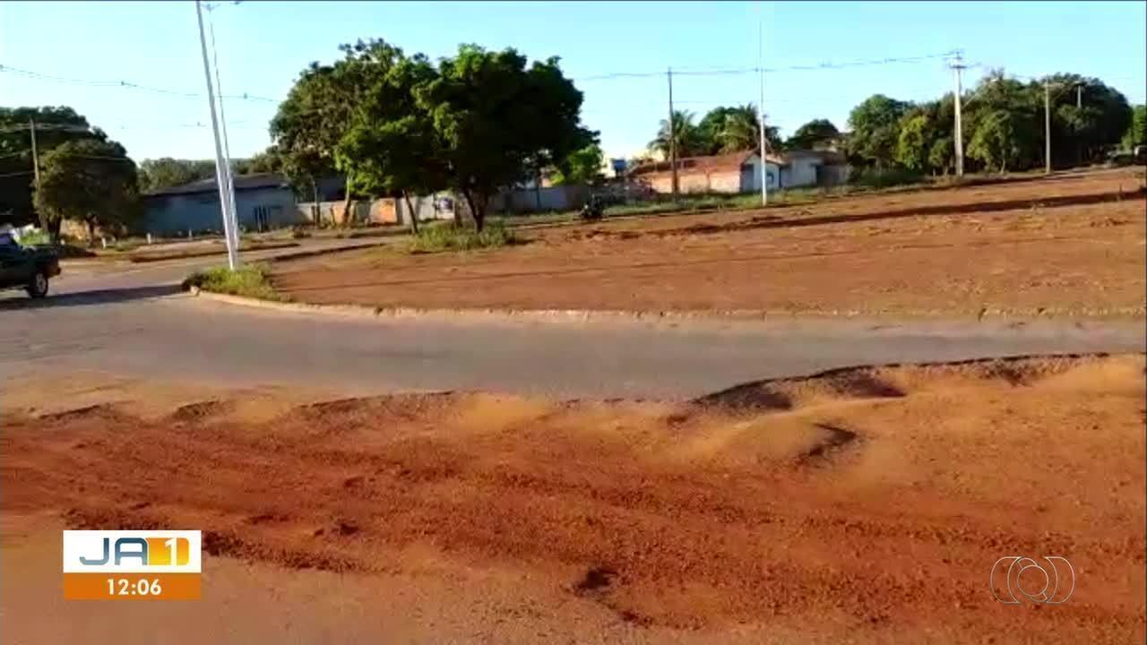 Prefeitura de Palmas informou que buraco em rotatória da NS-10 está em manutenção