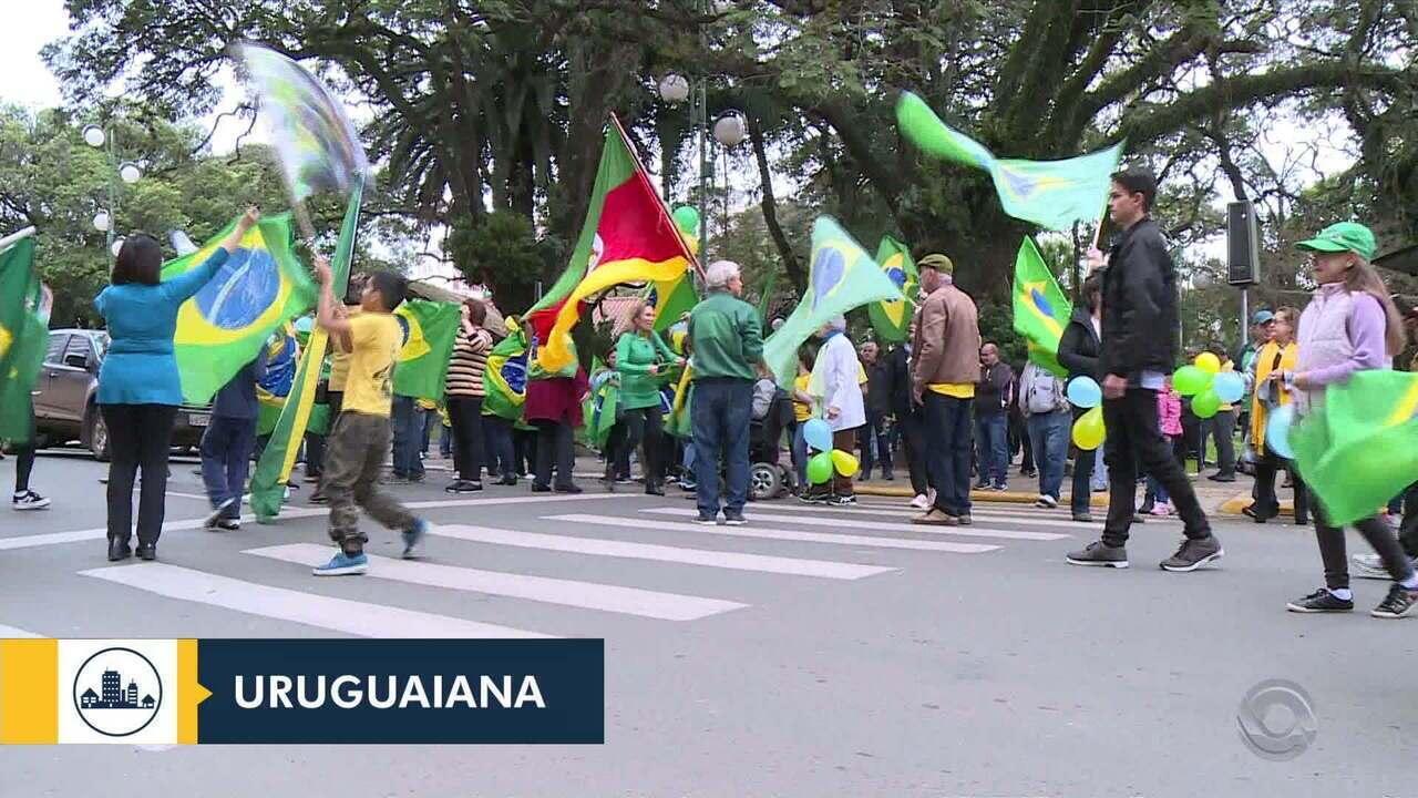 Manifestações em diferentes cidades do RS mostram apoio ao governo Bolsonaro