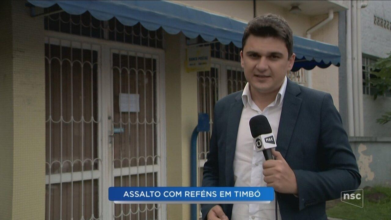 Assaltantes fazem funcionários reféns em agência dos Correios em Timbó