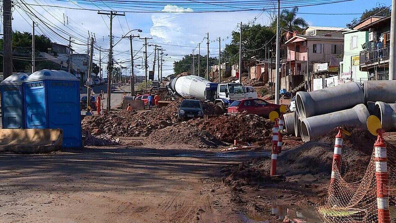 Duplicação da Avenida Tronco causa transtorno para moradores da região