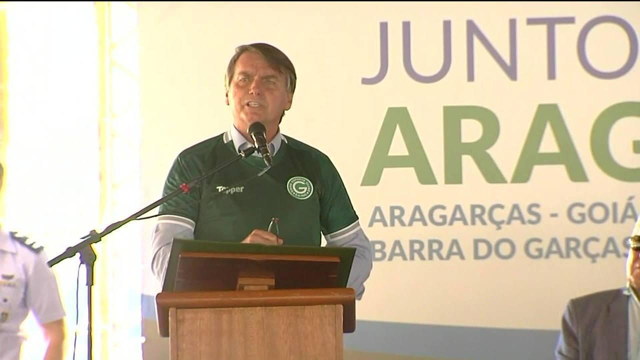 Bolsonaro diz que, por ele, suspensão da CNH seria aos 60 pontos