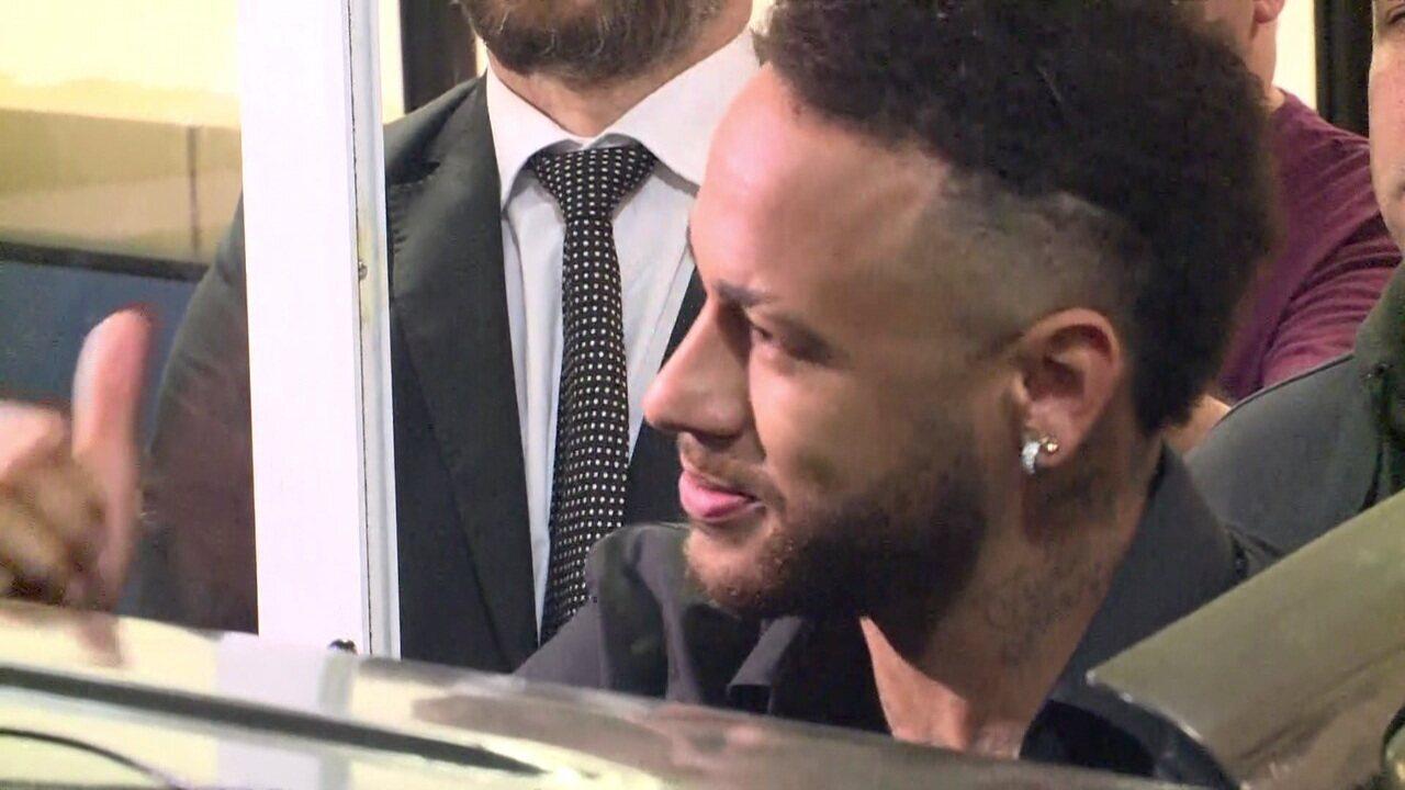 """Neymar agradece apoio e mensagem de carinho dos fãs: """"Me senti muito amado"""""""