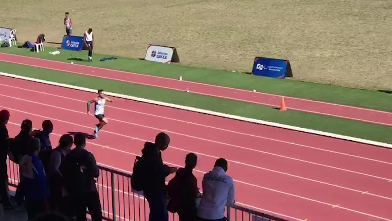 Petrúcio Ferreira faz novo recorde mundial dos 200m na classe T47