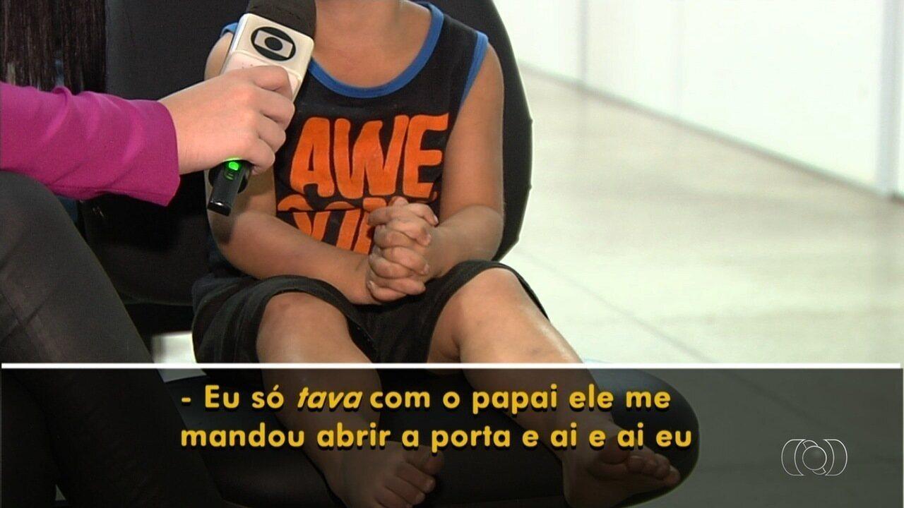 Criança de 3 anos achada machucada e sozinha fala sobre pai, em Goiânia