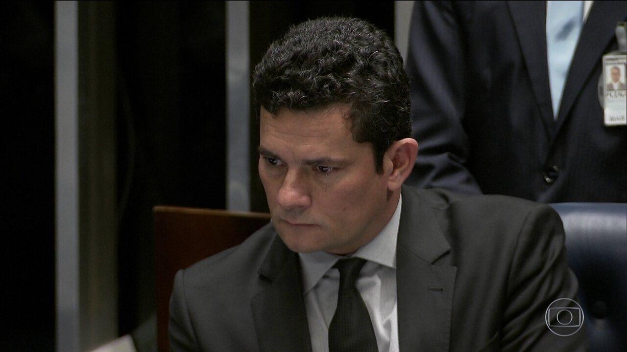 Divulgação de mensagens atribuídas a procuradores da Lava Jato e a Moro repercute
