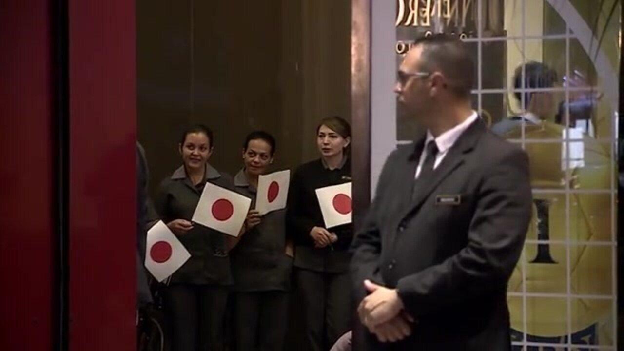 Seleção do Japão chega a São Paulo com recepção especial em hotel