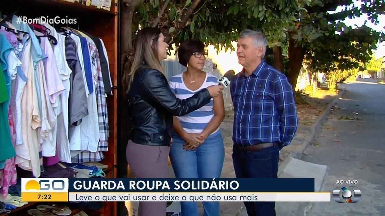 Conheça iniciativa do guarda-roupa solidário, em Goiânia