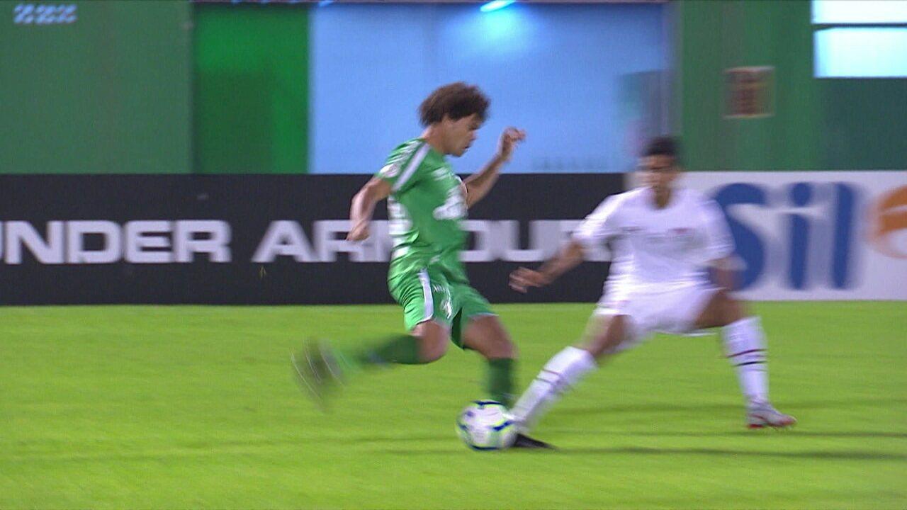 Os gols de Chapecoense 1 x 1 Fluminense pela 9ª rodada do Brasileirão