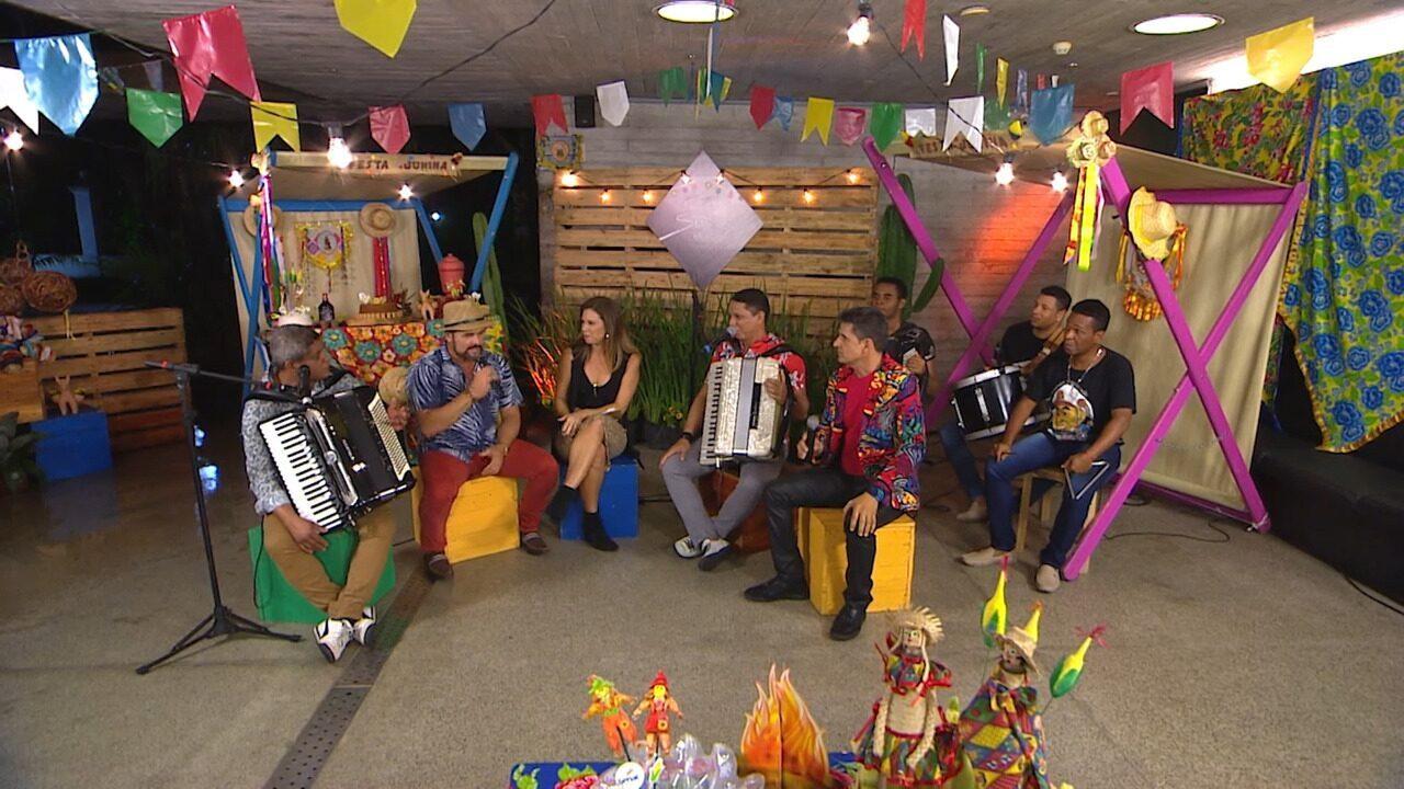 Forrozeiros cantam 'A Vida do Viajante' e recordam as melhores lembranças de São João