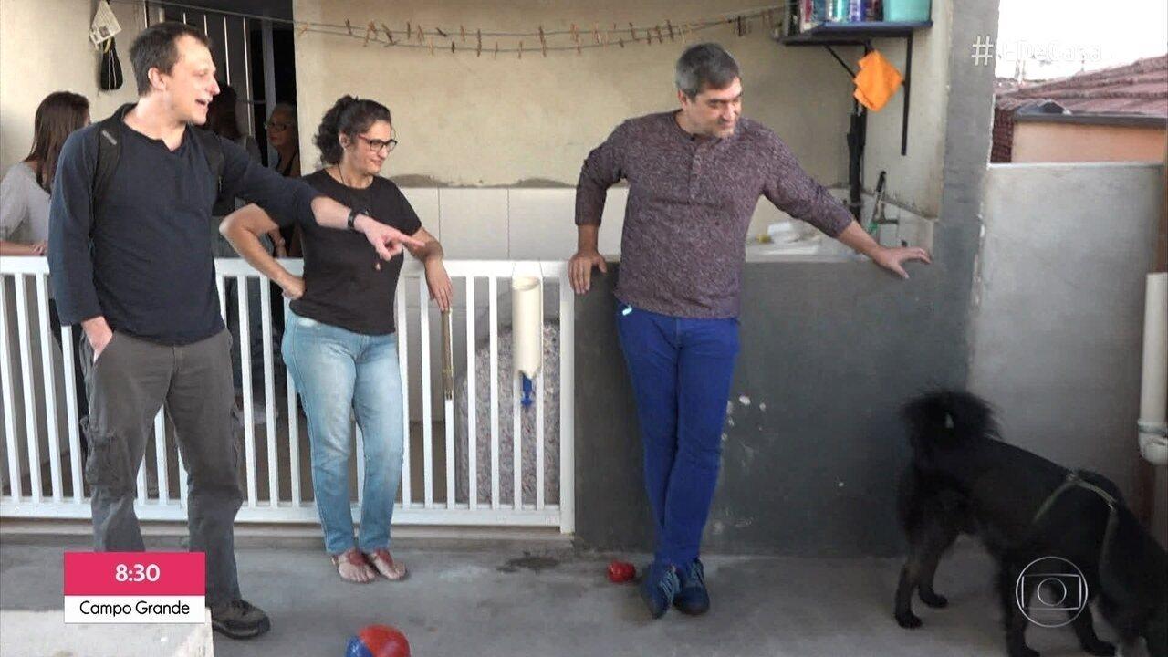Alexandre Rossi dá dicas para cães resistentes a beber água