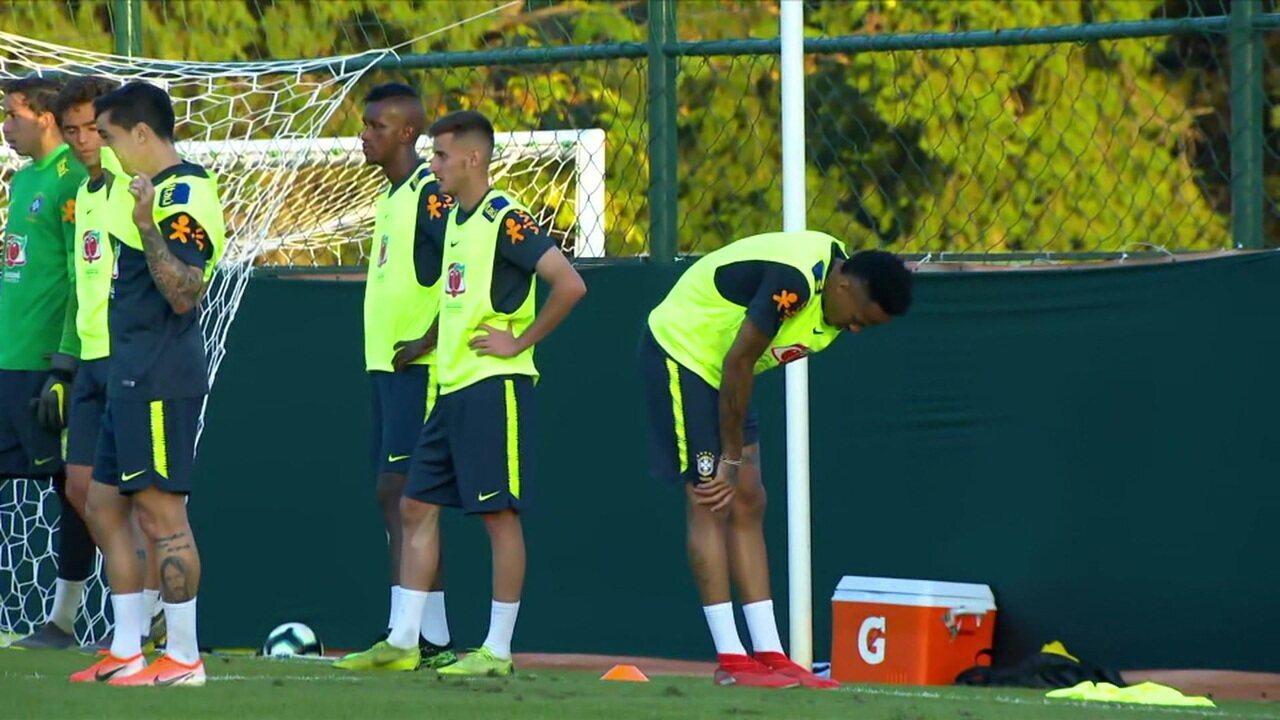Seleção Brasileira treina no Centro de Treinamentos do Palmeiras