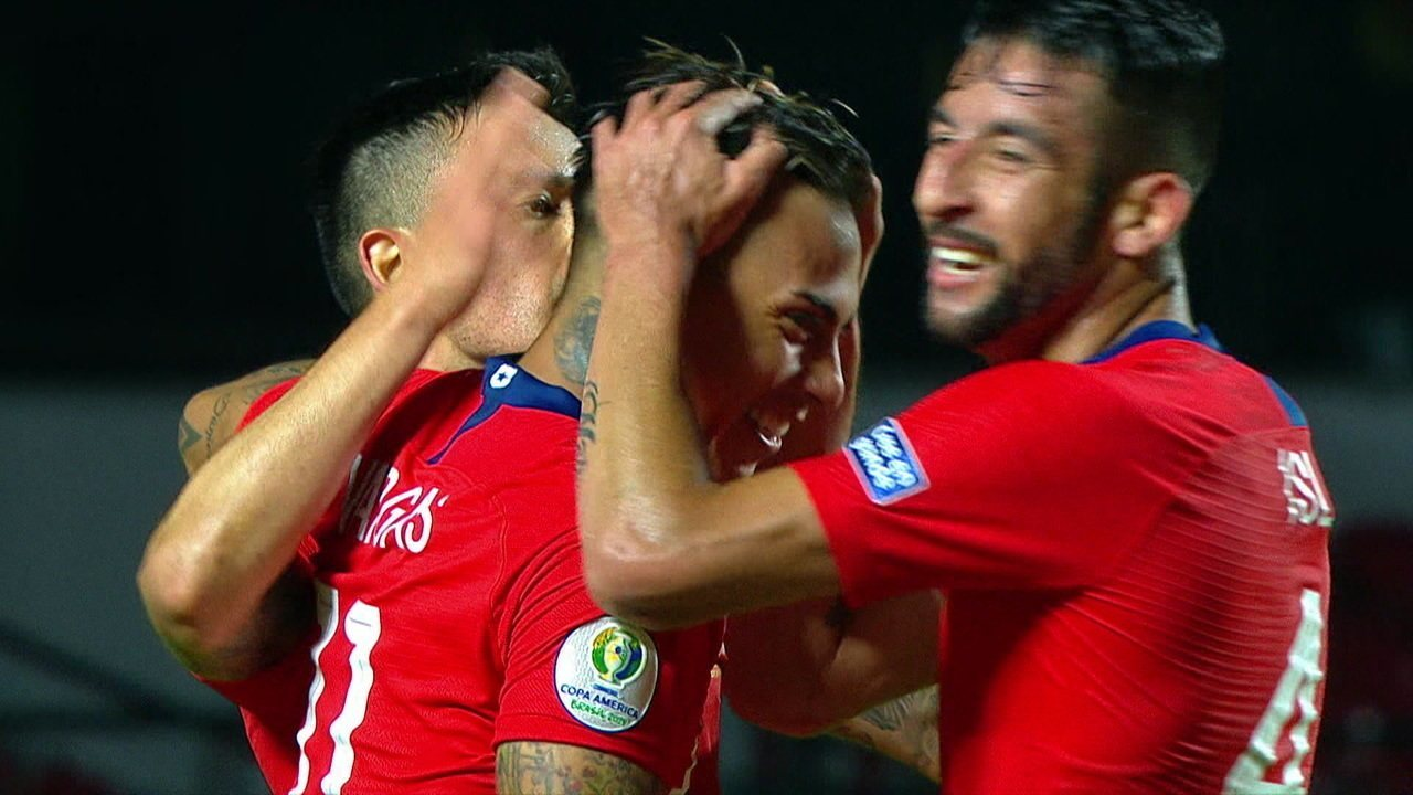 Os gols de Japão 0 x 4 Chile pela Copa América
