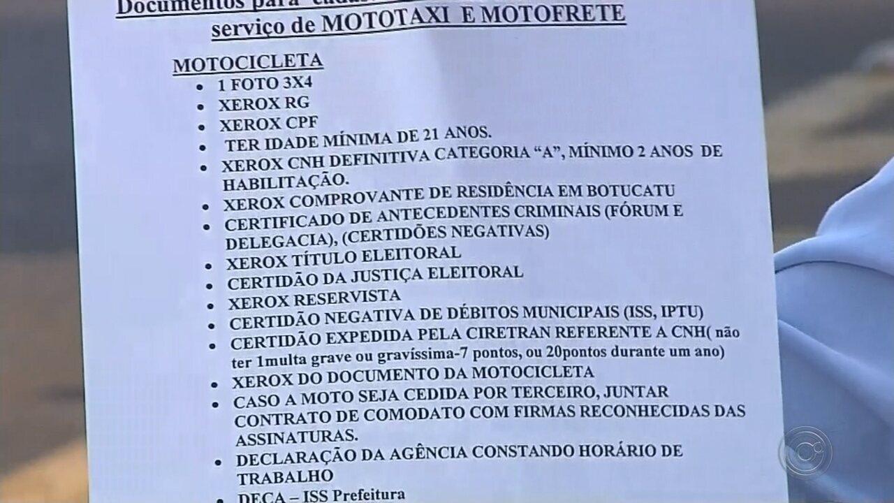 Normas deixam vagas sobrando para mototaxistas em Botucatu