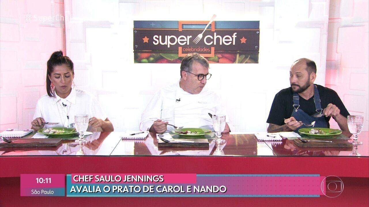 Maria Joana e os chefs Saulo Jennings e Roland Villard dão as notas para a prova