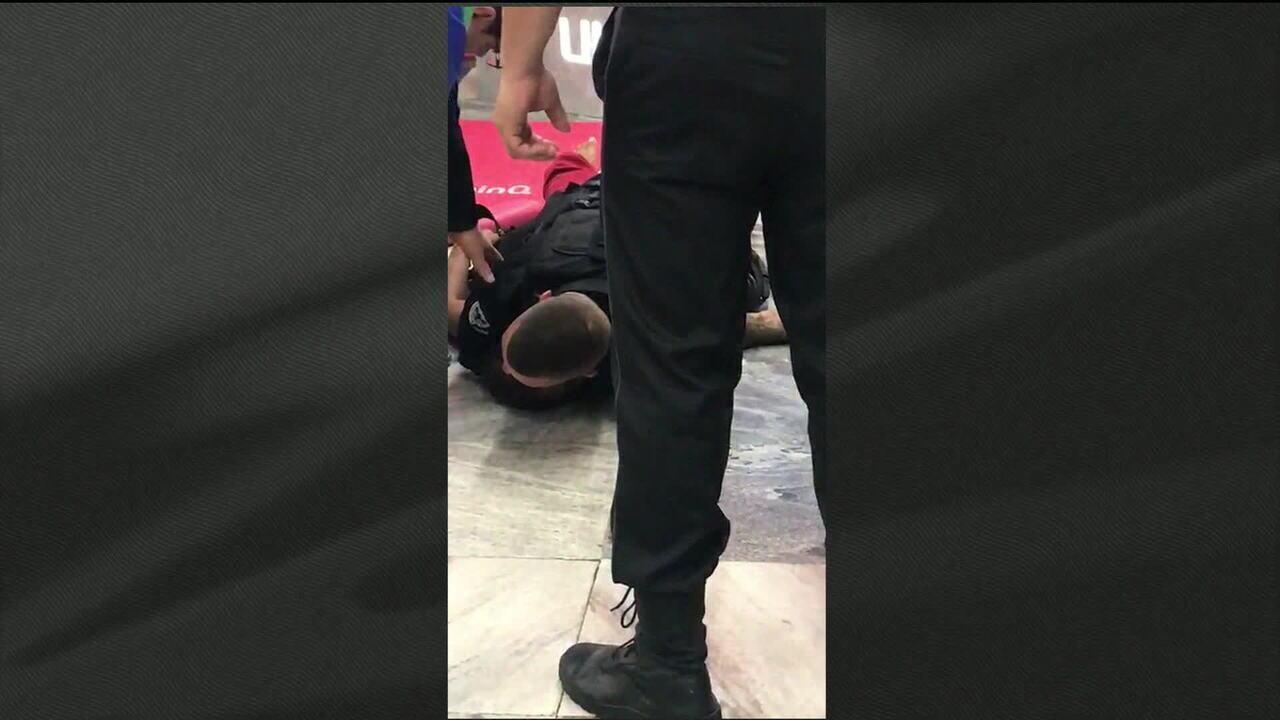 Seguranças de supermercado são denunciados por homicídio doloso por morte de jovem no Rio