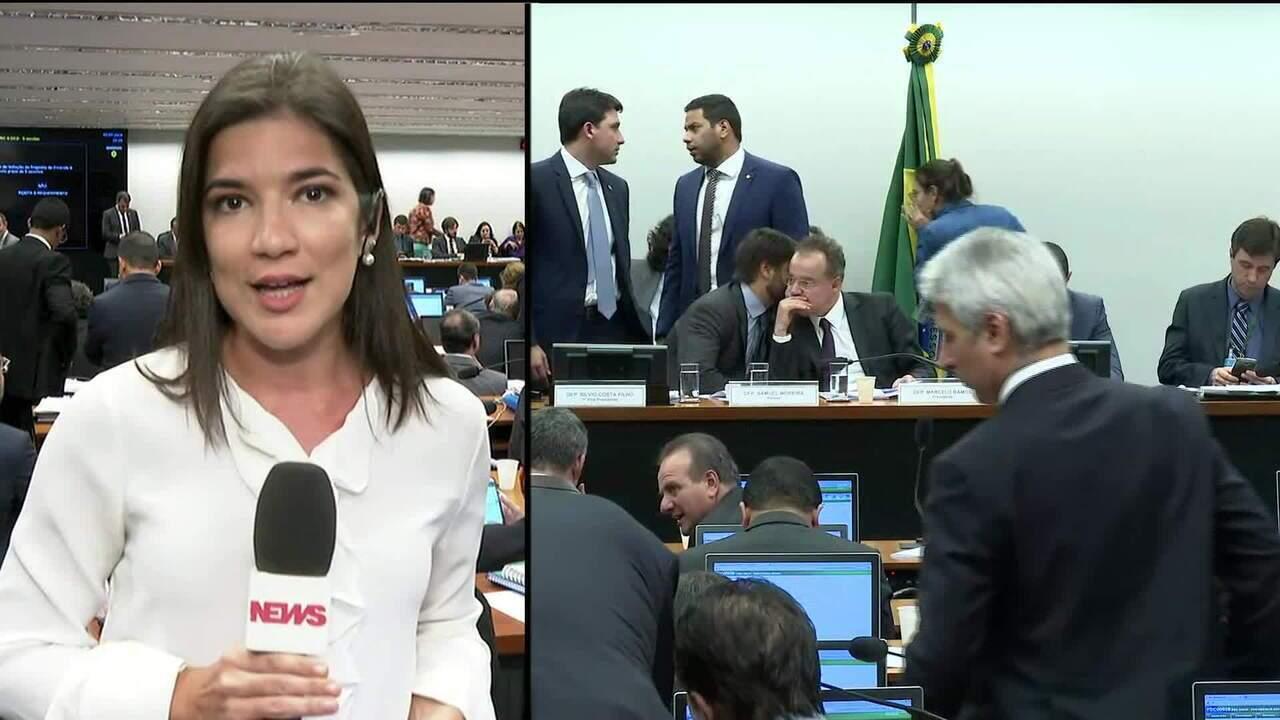 Relator da reforma da Previdência apresenta 3ª versão de parecer em comissão