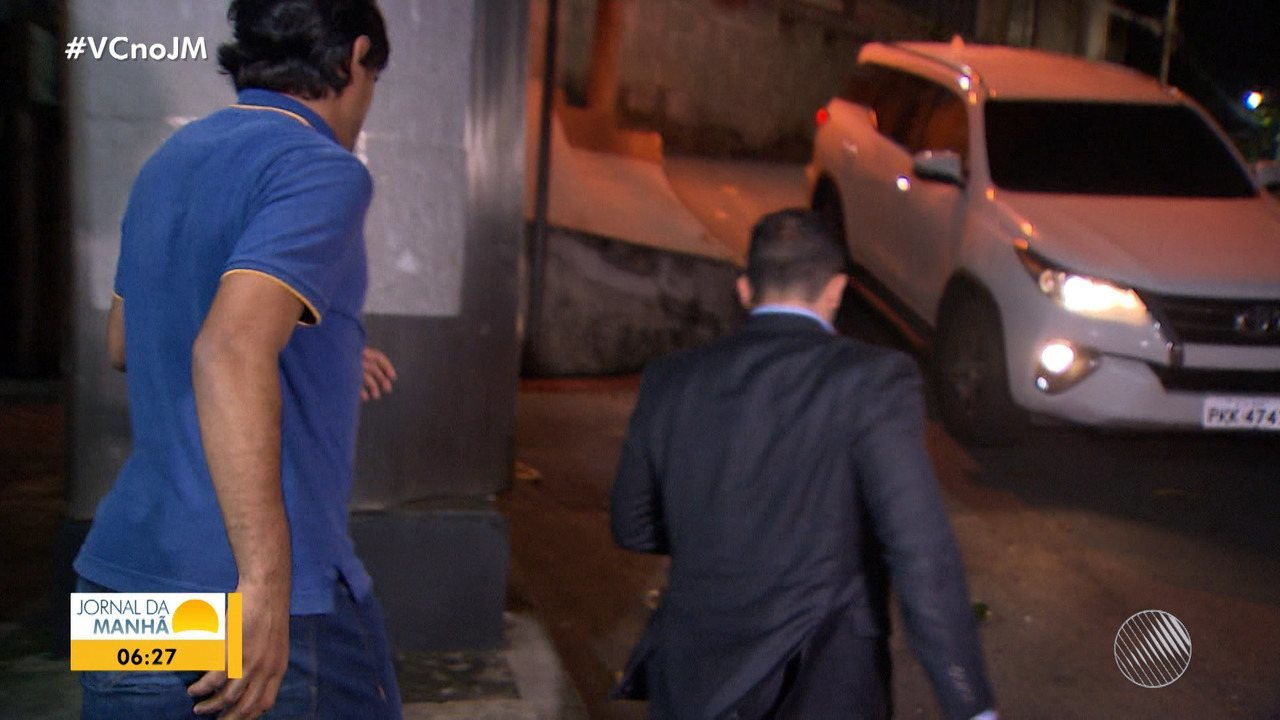 Suspeito de agredir jovem no bairro de Ondina presta depoimento; delegada comenta o caso