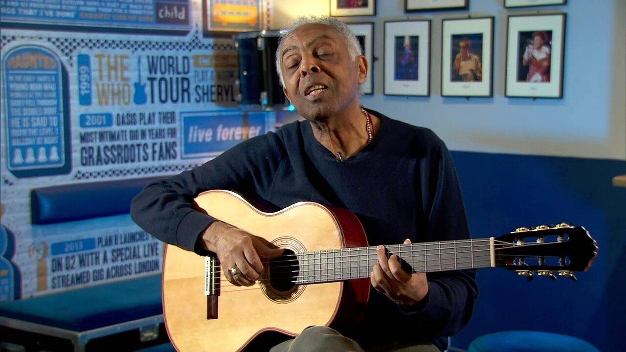 """Gilberto Gil canta """"Desafinado"""", um dos clássicos eternizados por João Gilberto"""