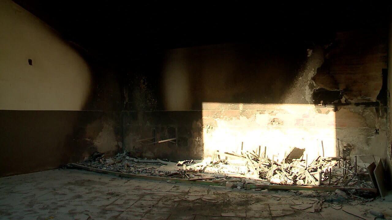 Corpo de Bombeiros prepara perícia para avaliar origem de incêndio no Albertão