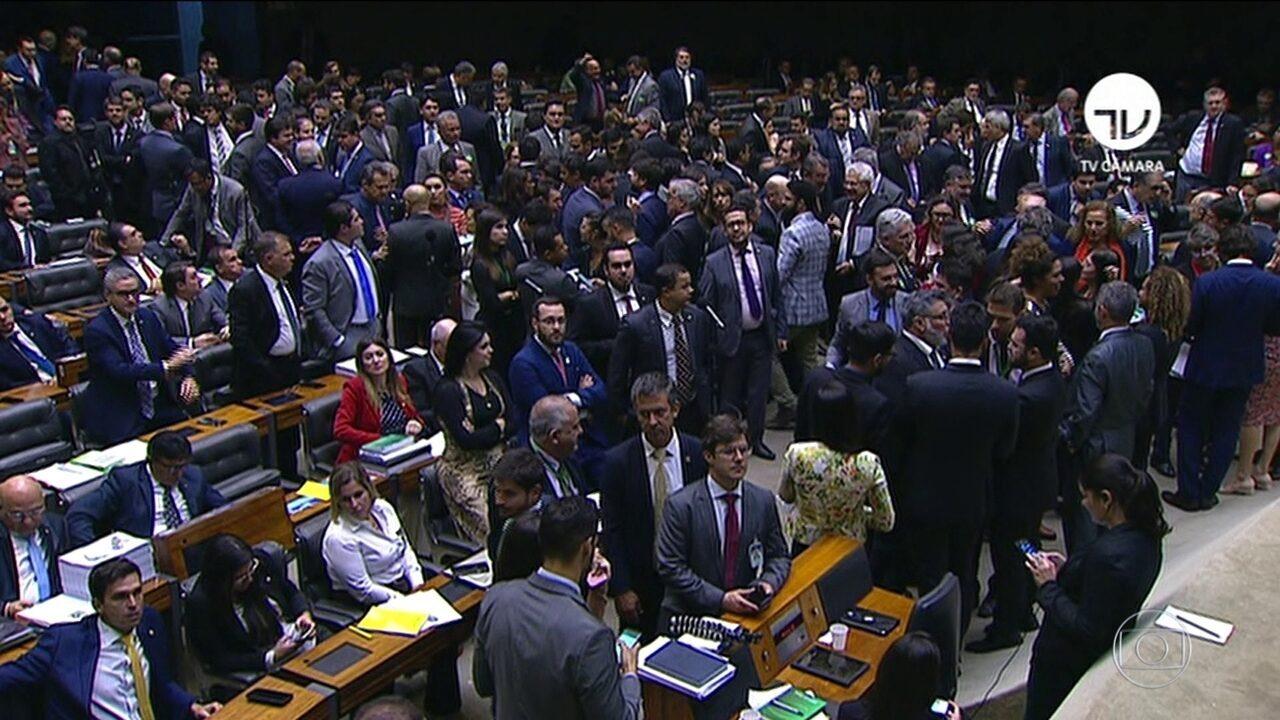 Deputados tentam concluir nesta quarta (10) votação em 1º turno da reforma da Previdência